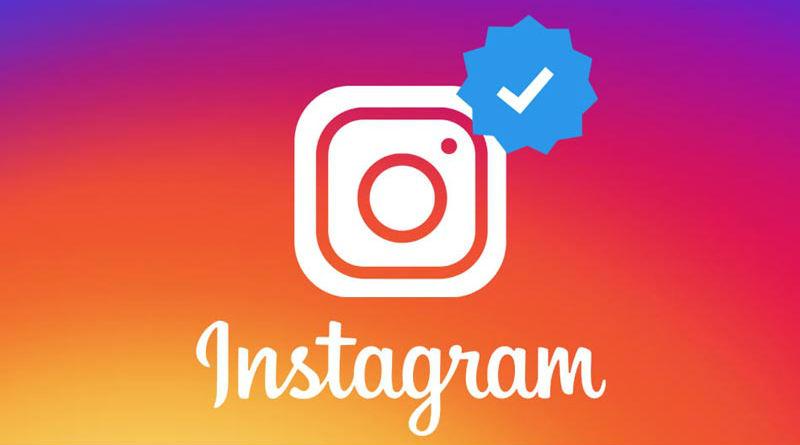 Blue Check na Instagramie
