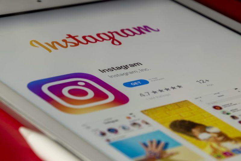 Comment faire les commentaires les plus drôles sur Instagram ?