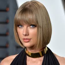 Taylor Swift - Songs, Age & Facts - Biography