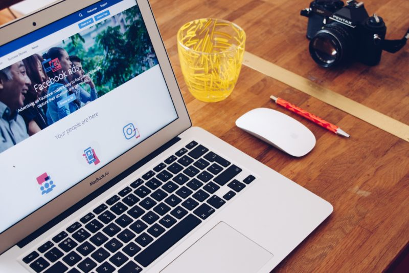 Using facebooks ads to grow influence