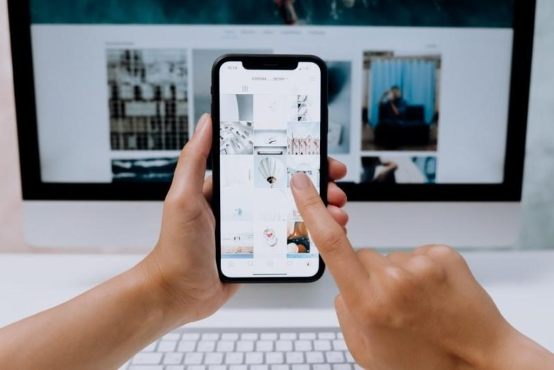 How to Swipe on Instagram on PC