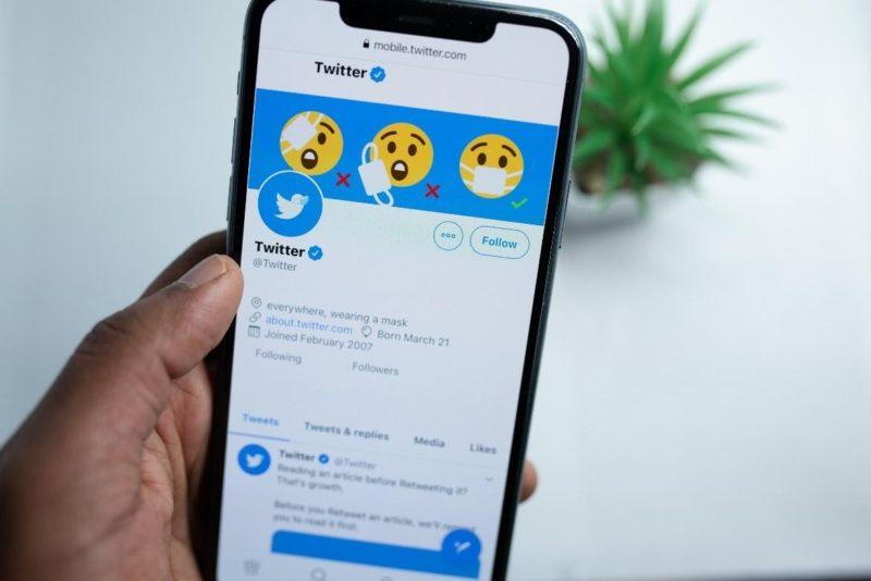 hoe verdient Twitter geld