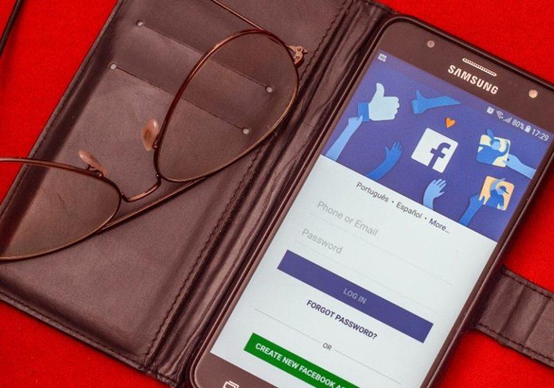 how to livestream Facebook