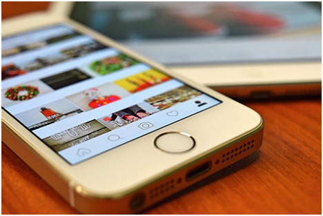 hide, and unhide tagged Instagram photos
